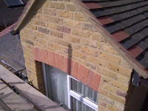 Flush pointing lime mortar